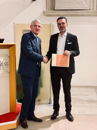 AGF88 Holding ritira il premio dei Champions Corriere della Sera e ItalyPost